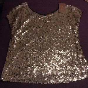 Radtengle Gold Sequin Short Sleeve Top Size M